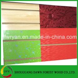 슬롯 MDF/Wood Veneer/PVC/HPL/UV/Melamine에 의하여 박판으로 만들어지는 MDF