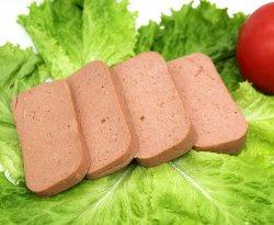 Conservas de corned beef com alta qualidade