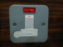 Caixa de metais folheados ou chapeados 13A Unidade do interruptor de fundido com Saída flexível