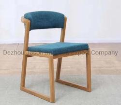 주문 북유럽 디자인 현대 최소한 유일한 호화스러운 직물에 의하여 덮개를 씌우는 나무로 되는 가정 식사 의자