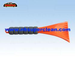 De plastic Schraper van het Ijs van het Autoraam met het Handvat van EVA (CN2114)