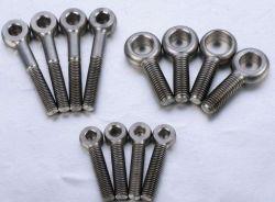 Boulons à oeil d'acier métriques CNC La fabrication de précision forger le moulage en métal froid bouleversant de pièces automobiles de produits métalliques Tourner Fraiser Injection de métallurgie des poudres