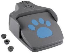 Étape de plein air sur le distributeur d'eau pour chien chien automatique avec tuyau Waterer pour chien l'eau potable