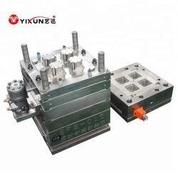 Injection de plastique à mourir pour quatre sockets de l'interrupteur étanche de la cavité et l'intérieur de la partie