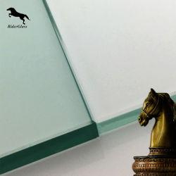 Hoog Glas van het Blad van de Vlotter van het Ijzer van 3mm19mm ultra Extra Duidelijk Laag 3.2mm voor de Bouw