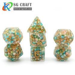 Factory Wholesale trasparente Fill con colorful Ball Set di dadi incisi/D20/12/10/8 Set dadi di gioco lati/Giganti/RPG/caricati/Poker