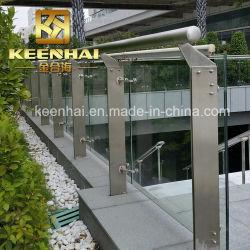 ステンレス鋼のバルコニーのための装飾的な柵のポスト