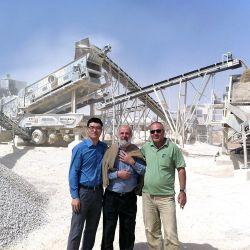 Nuevo sistema ISO CE aprobado plantas completas de trituración de canteras, trituradora de mandíbula de grava caliza de granito, trituradora de piedra roca agregada planta móvil precio de fábrica