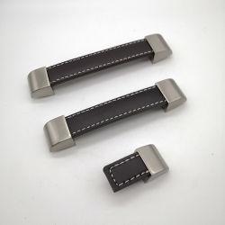 La empuñadura de cuero marrón Tirador de aleación de zinc en plata para armario ropero