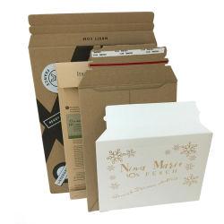 A4 A5の大きい文字の堅い本の強い拡大のカードのボール紙は郵便利用者を囲む