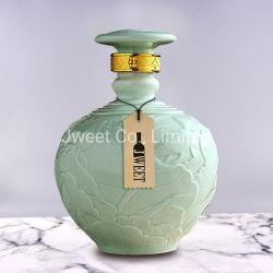 Oval en relieve los espíritus de porcelana verde botella con el corcho cierre de plástico