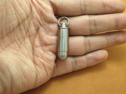 Caso conveniente della medicina del contenitore del richiamo di Pandant del ridurre in pani della pillola del supporto di titanio della casella con il tubo impermeabile di caso dello Stash di Keychain