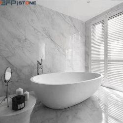 L'Italien Bianco Carrara un sol en marbre blanc de la tuile pour la décoration d'accueil