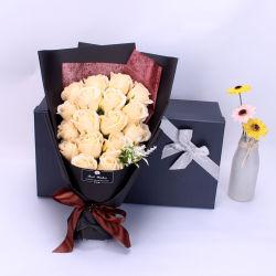 恋人の新しいバレンタインデーのギフトの漫画の甘いローズの花の石鹸の花束のためのハンドメイドのかなりピンクの女の子の石鹸のローズの花嫁の花の花束