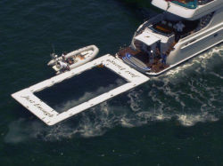 Plataforma de doca flutuante de PVC Portable Super Yacht Mar piscina inflável para Marine
