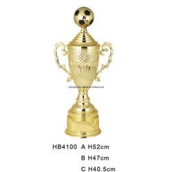 フットボールはトロフィのコップHb4100を遊ばす