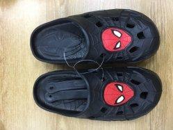 Los niños zuecos de varios colores EVA sandalias sandalias de impresión Wholesales transpirable Zapatos de jardín para niños