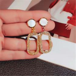 Роскошные украшения длинный серебристый игольчатый Леди Dangle Earring шпильки