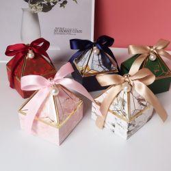 سعر الجملة OEM هدية ورقة مربع العرس تفضل ورقة حلوى مربع مع شعار الطباعة المخصصة