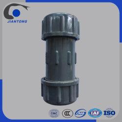 Raccord de tuyau en plastique PVC Joints de dilatation de couplage de compression pour tuyau de PVC