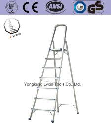 Escalera de aluminio de 7 pasos para la casa y su uso en exteriores