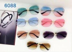 E o novo design de moda mais designe para óculos de sol