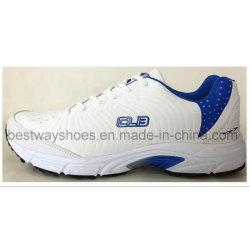スニーカーのバスケットボール靴の運動靴のスポーツの靴の人の靴