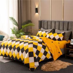 Microfiberのカバーの羽毛布団カバー敷布の寝具の慰める人セットを満たす4季節の多ファイバー