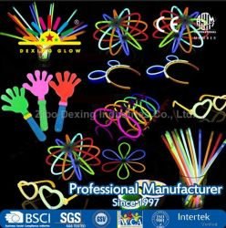 """Glowsticks 100 bujías de palos, Glowsticks Premium de 8"""" con conectores para hacer pulseras, gafas, flores, las bolas y más, Party Pack a favor de los suministros, se encienden los juguetes"""
