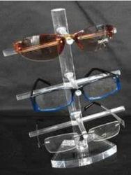 شاشة نظارات شمسية أكريليك شفافة في متجر البيع بالتجزئة