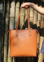PU革優雅なブラウン女性の耐久旅行ハンドバッグ