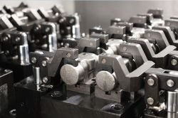 Pièces de véhicule automobile machine CNC la tenue d'outil de travail Table rotative