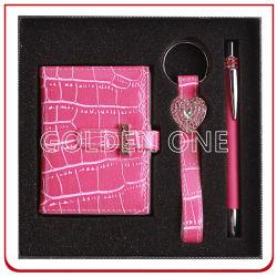مجموعة هدايا لحامل مفاتيح مخصص من الجلد وصورتا محفظة