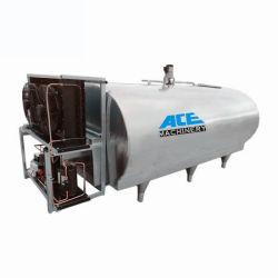 mini automobile di raffreddamento utilizzata mobile del serbatoio da latte del condensatore orizzontale dell'agitatore della latteria 1000L-6000L con il sensore livellato