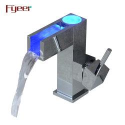 Fyeer Self-Power 3 LED de couleur de l'eau du bassin du robinet en laiton en cascade