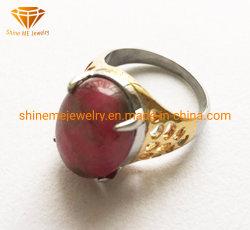 Gietende Ring SCR2892 van het Roestvrij staal van het Gouden Plateren van de Halfedelsteen van de Juwelen van het Titanium van de Juwelen van het Lichaam van de fabriek de In het groot Rode
