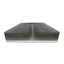 Aluminium extrudé radiateur en aluminium