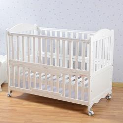 유아 아기 잠 아기 간이 침대 어린이 침대를 위한 프리 세이프티 모기장을%s 가진 아기 어린이 침대