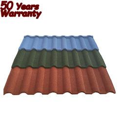 Le Kenya en acier de haute qualité couleur Tuile de fer granule de pierre couverts de tuiles tuiles du toit de la Gambie Types de matériaux de construction