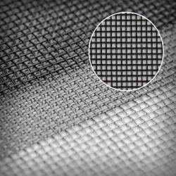 18*18mesh黒いガラス繊維の昆虫のWindowsのスクリーンまたは蚊帳