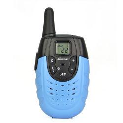 راديو PMR446، 14 CH ووكي توكي، جهاز عرض المسح الضوئي FM، إنذار الطوارئ وظيفة ضوء المصباح مع راديو ثنائي الاتجاه