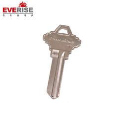 Пустые ключи для навесного замка с помощью различных логотипов на поверхность