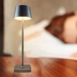 Metal moderno Deccorative candeeiro de mesa LED, bateria recarregável de tons de Turismo exterior à prova de luz de leitura