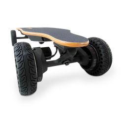 다채로운 스케이트보드 4 바퀴 각자 균형을 잡는 스쿠터