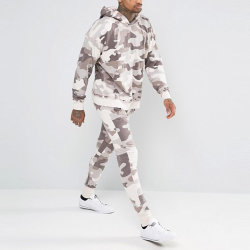 En Chine des usines de vêtements sports wear lavés terminer Camo survêtement