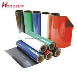 Strati magnetici magnetici di carta magnetici anisotropi del magnete di gomma del rullo dello strato dei magneti su ordinazione con il magnete adesivo del frigorifero del PVC