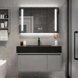 壁に取り付けられた木製大理石の洗面台、モダンなバスルーム家具、化粧台が備わっている