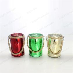 クリスマスの装飾のための装飾的なハングの蝋燭の瓶