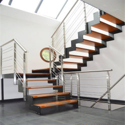 Edelstahl-Treppenhaus mit festem Holz tritt Kabel-Geländer für Wohnhaus