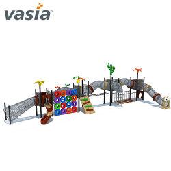 Дети играют в игры на детскую площадку для установки вне помещений, парк развлечений